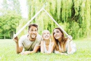 Vergleichen Sie Ihre bestehende Hausratversicherung und Gebäudeversicherung in Lörrach und Schopfheim mit uns.