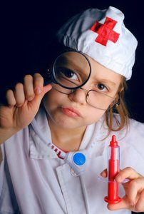 Kind als Krankenschwester // ADAMIETZ & KOLLEGEN GmbH