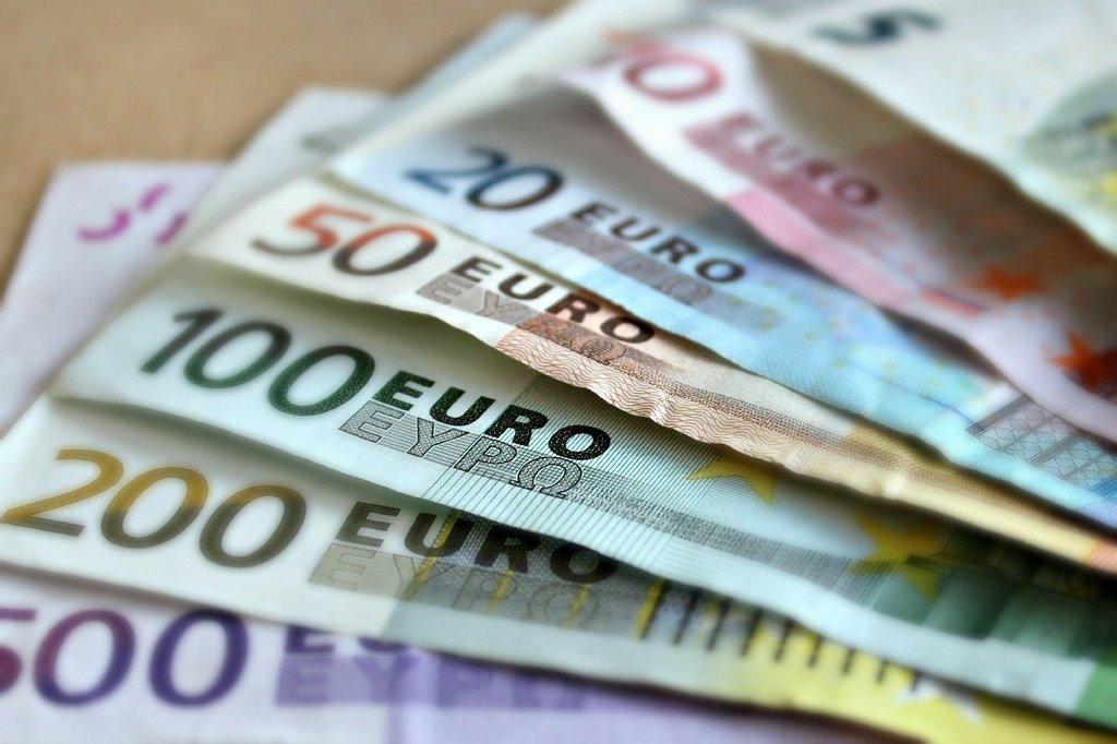 Banknoten // ADAMIETZ & KOLLEGEN GmbH